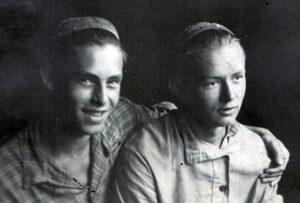 А.Маневич и В.Губарев. Начало 1930-х гг.